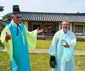 Dr. Tony Robinson and Dr. Mike Cummings on their latest travels to Korea!